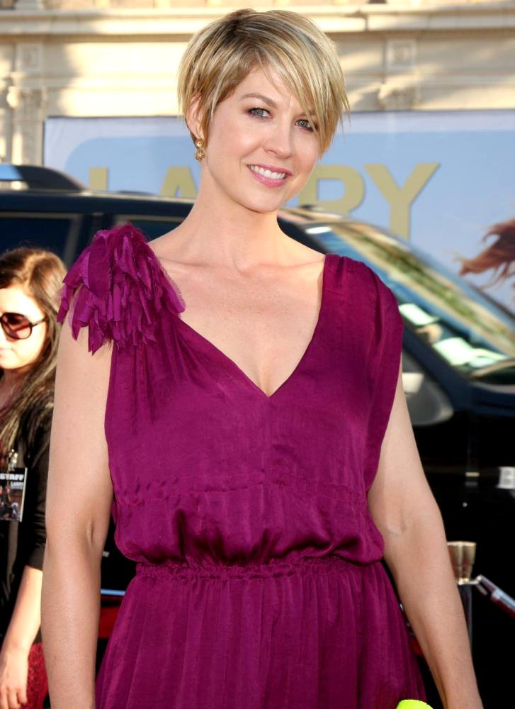 Jenna Elfman Latest Wallpapers