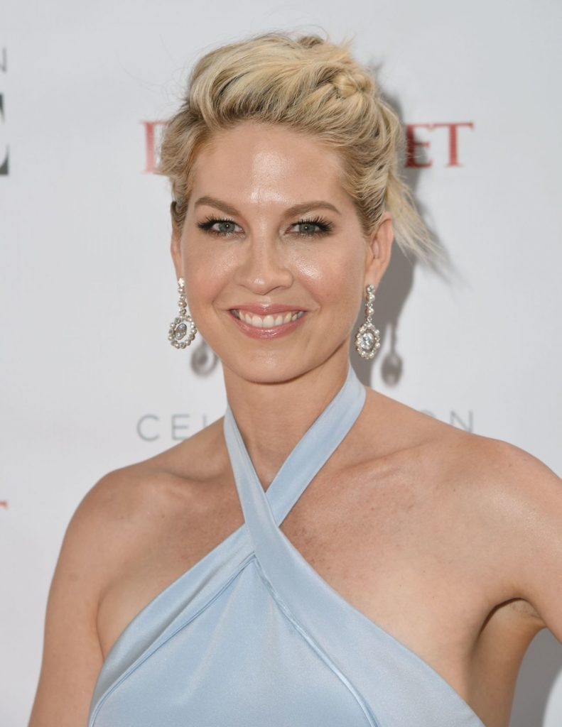 Jenna Elfman Sexy Eyes Images