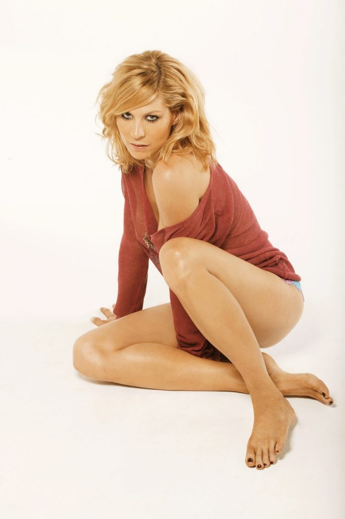 Jenna Elfman Undergarments Images