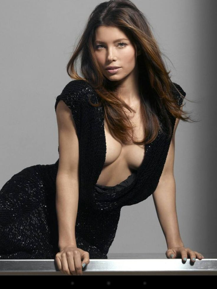 Jessica Biel Boobs Images