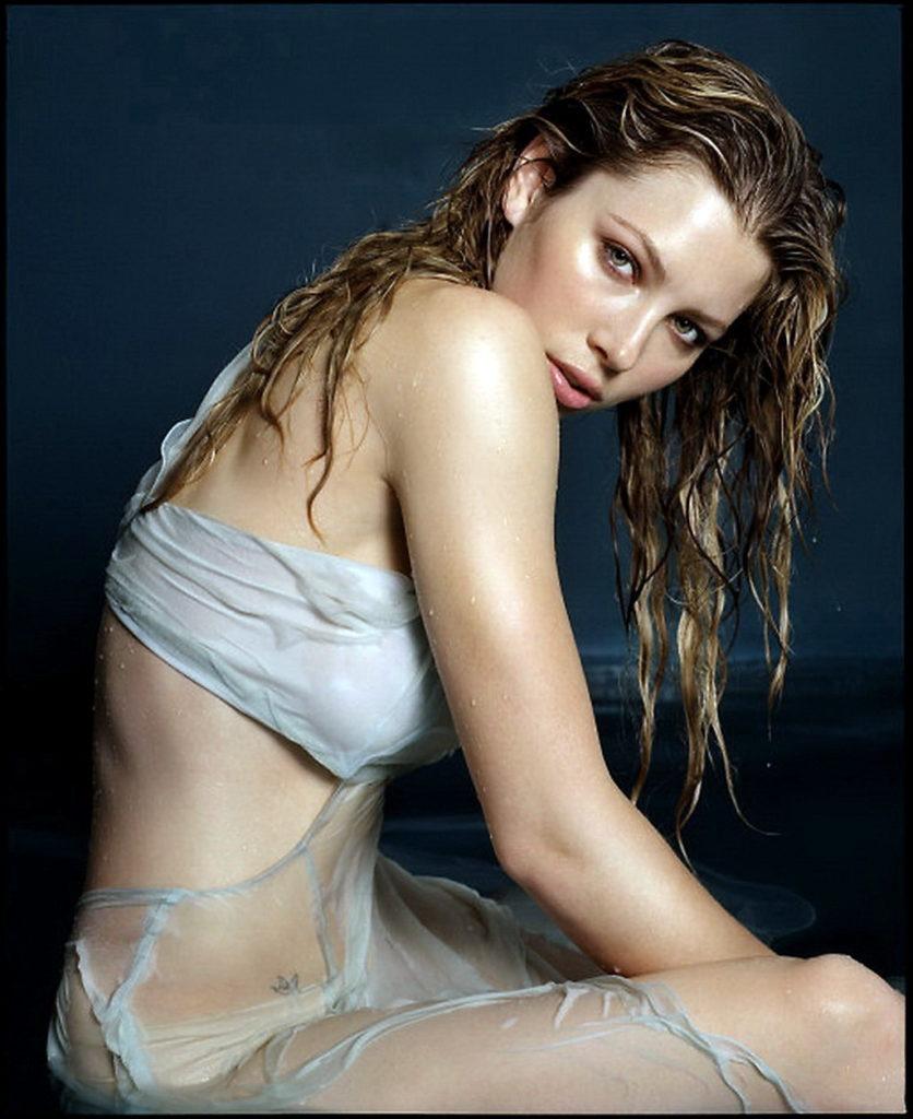 Jessica Biel Bra Panty Pictures