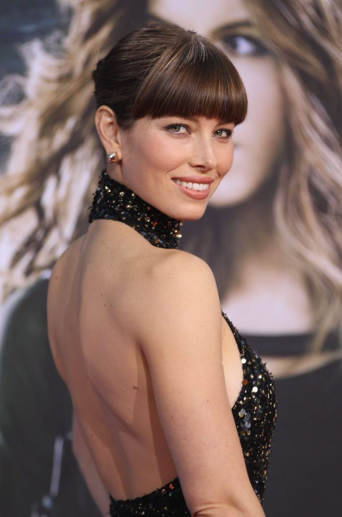 Jessica Biel In Backless Dress Images