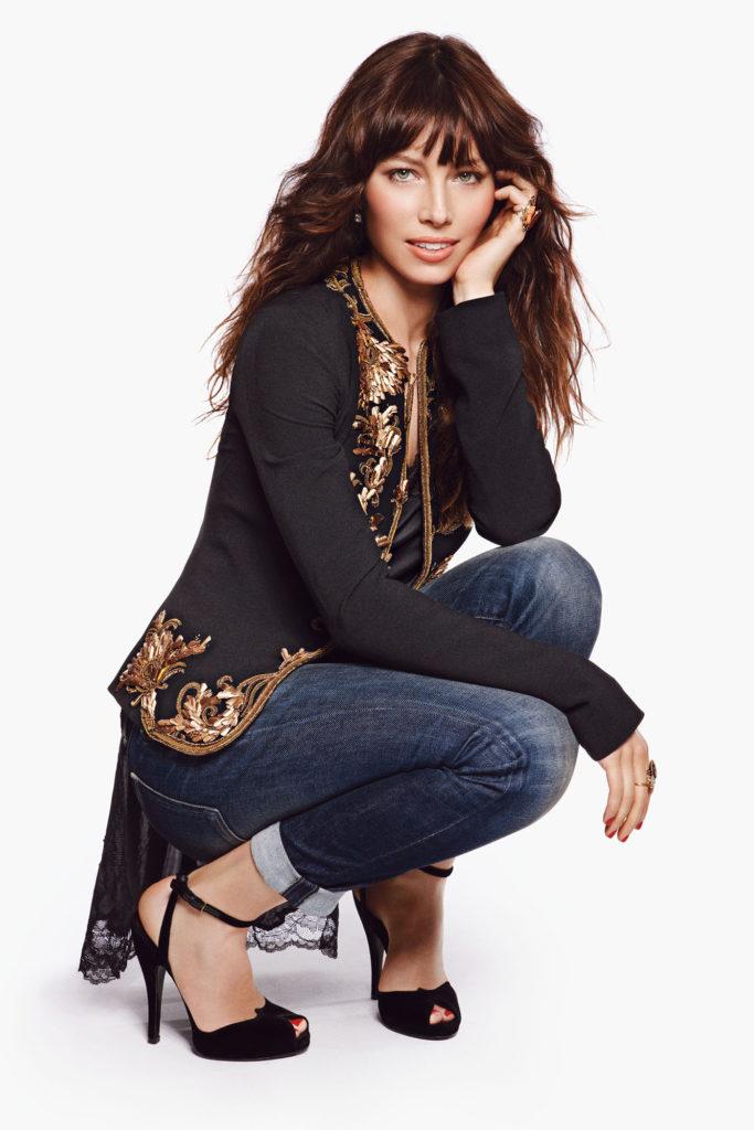Jessica Biel Jeans Photos