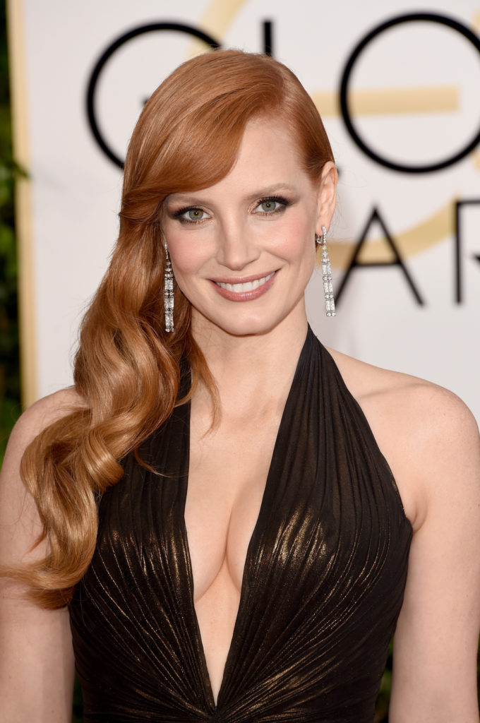 Jessica Chastain Bra Cleavage Images