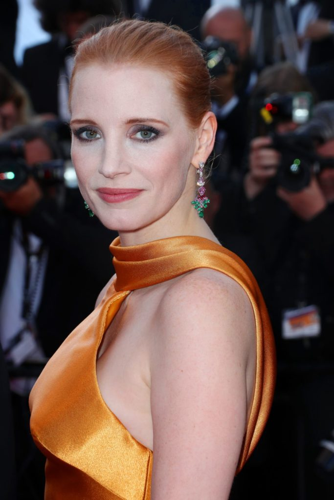 Jessica Chastain Sexy Look Images