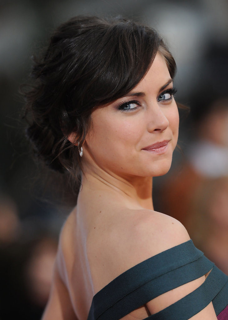 Jessica Stroup Bacless Pictures