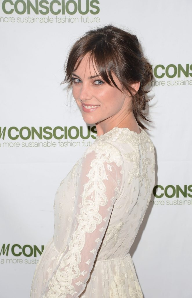 Jessica Stroup Makeup Pics