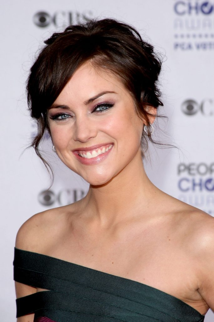 Jessica Stroup Topless Pictures