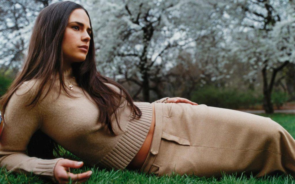 Jordana-Brewster-Photoshoot