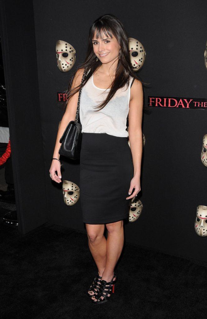 Jordana-Brewster-Sexy-Legs-Pics