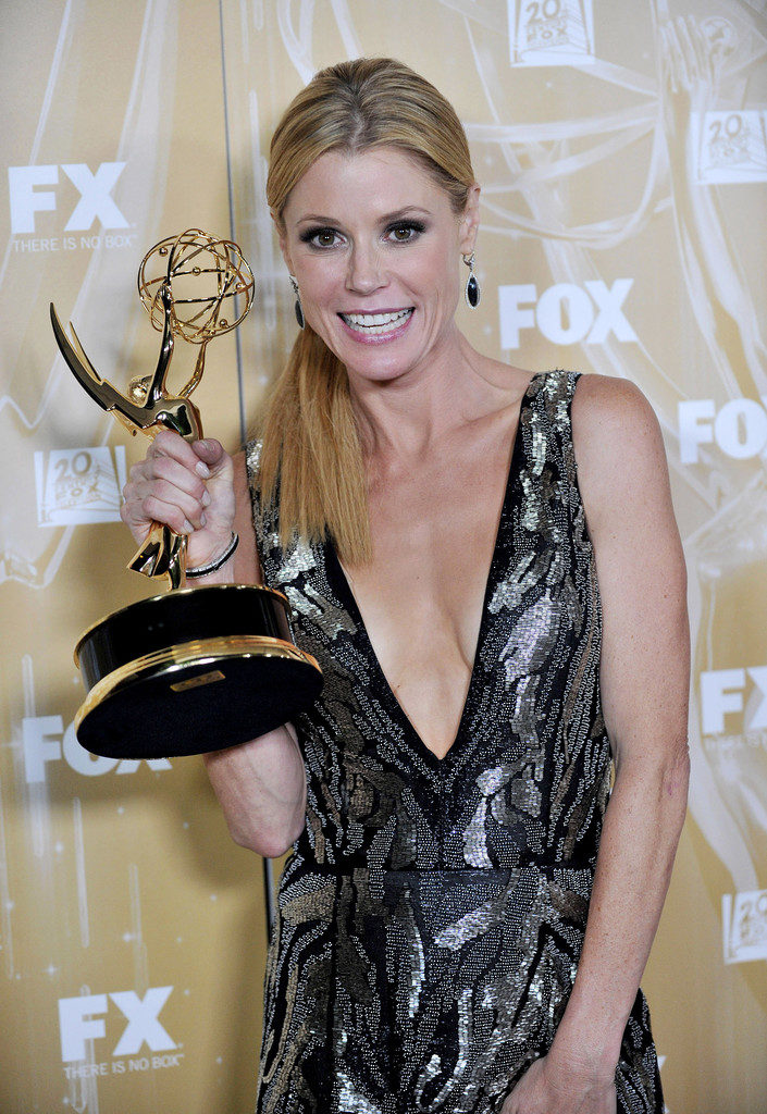 Julie-Bowen-Sexy-Pictures