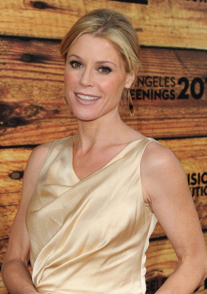 Julie-Bowen-Smiling-Pics