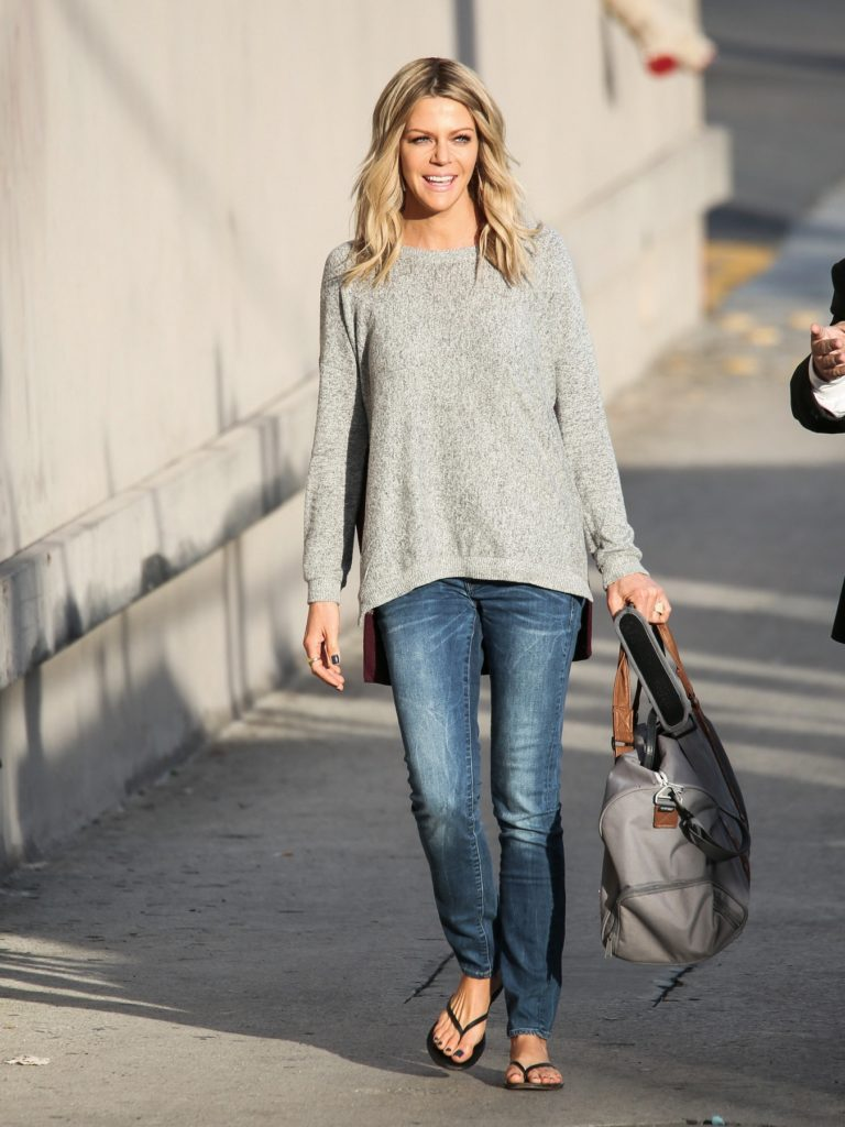 Kaitlin-Olson-Jeans-Pictures