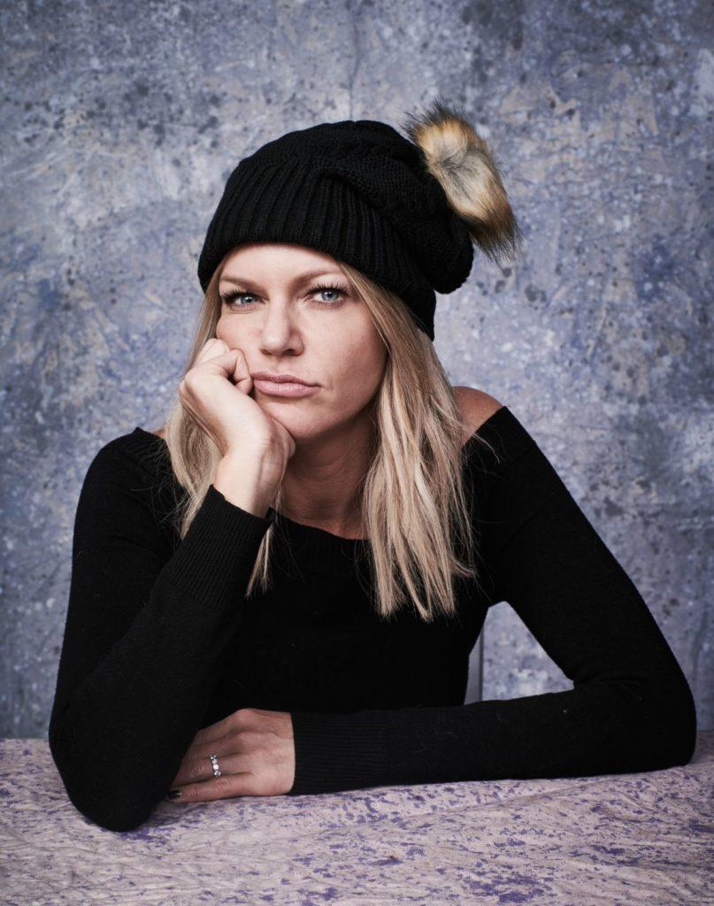 Kaitlin-Olson-Winter-Look-Pics
