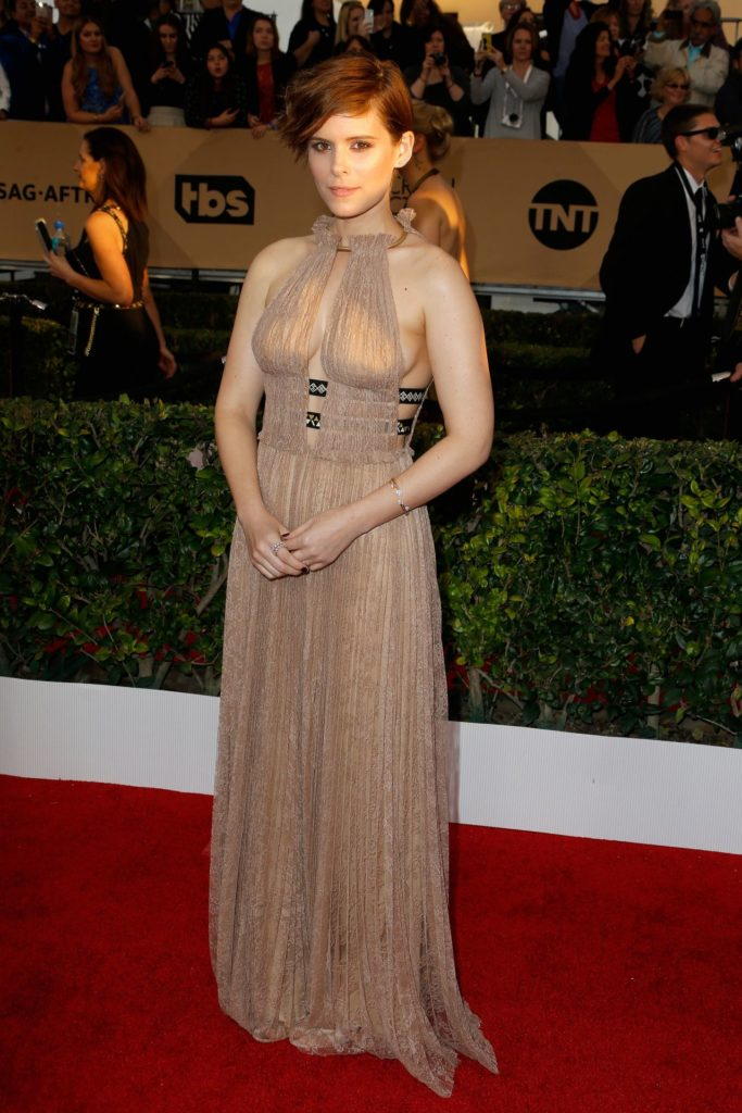 Kate-Mara-Gown-Images