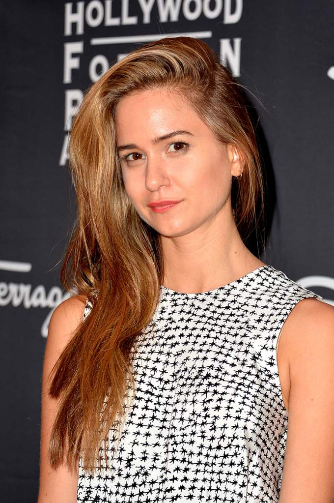 Katherine-Waterston-Cute-Face-Pics