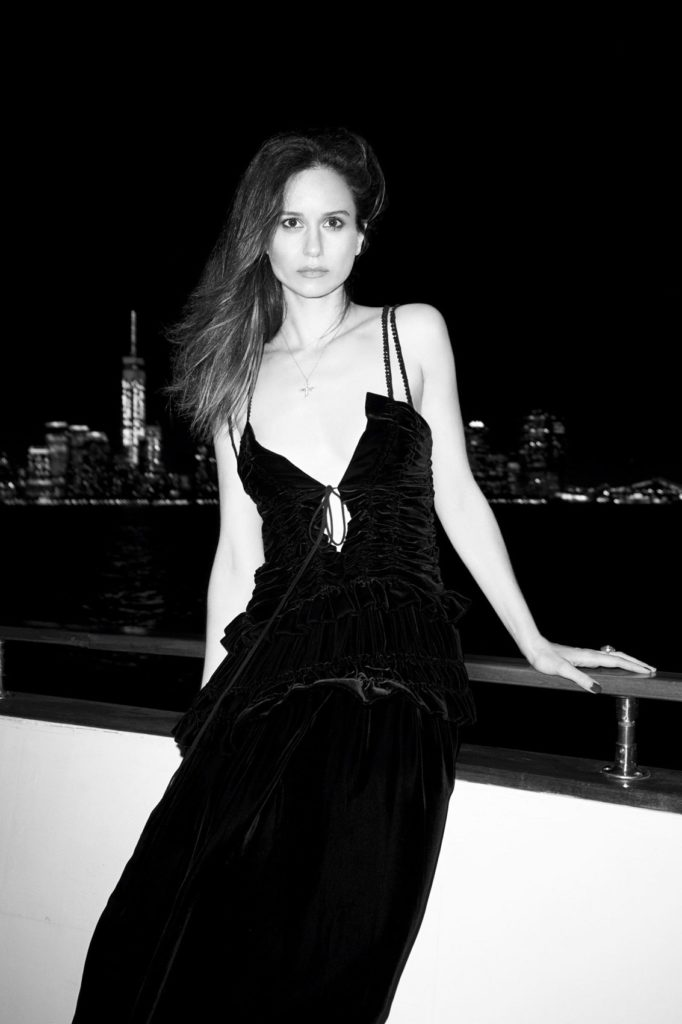 Katherine-Waterston-Cute-Images