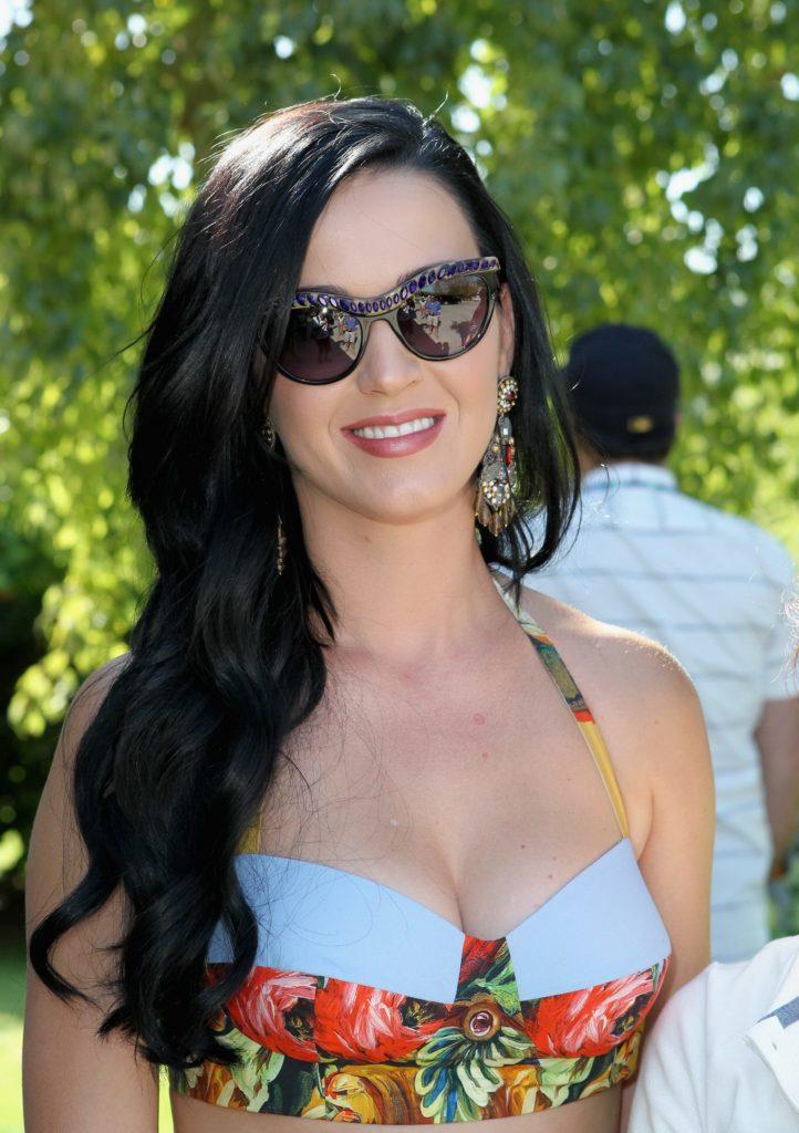 Katy-Perry-Goggles-Pics