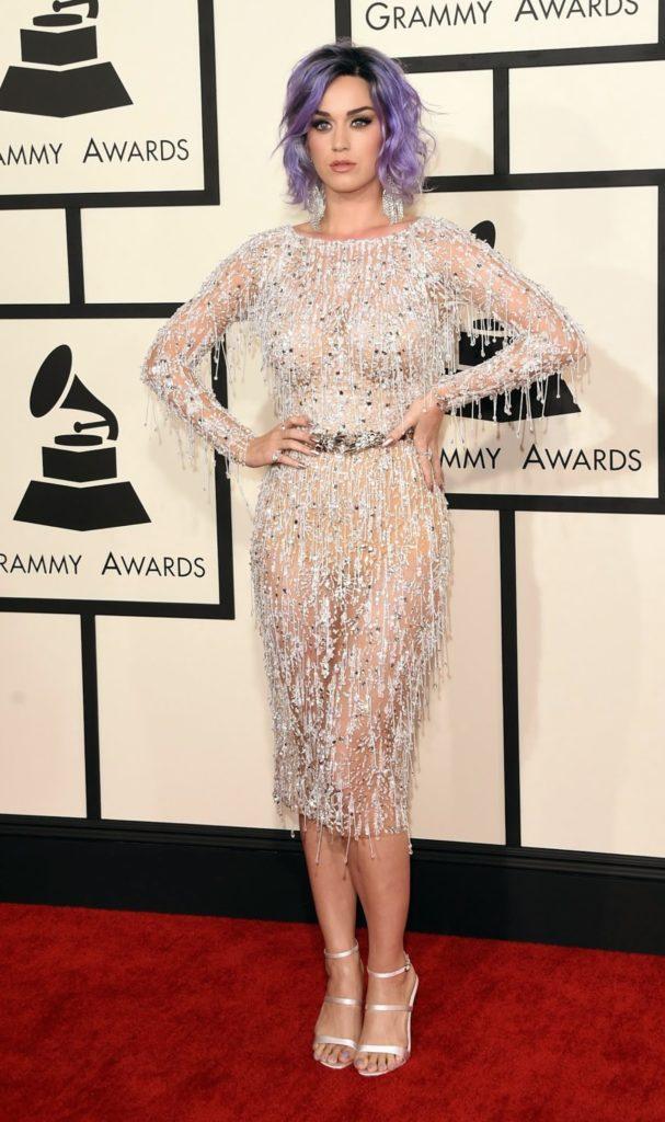 Katy-Perry-Heals-Pics