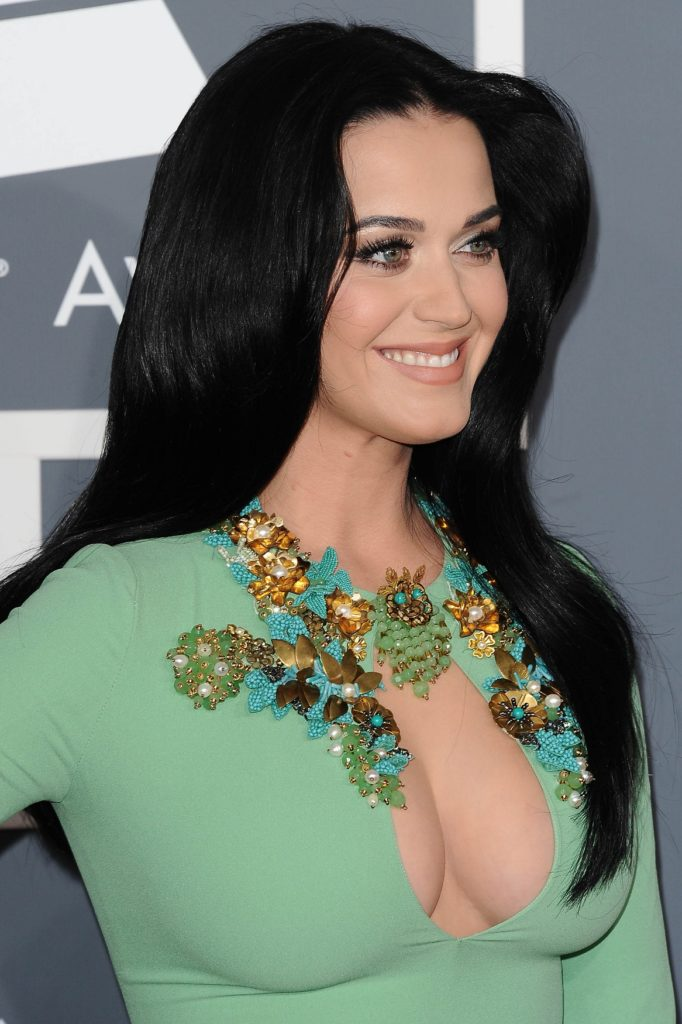 Katy-Perry-Topless-Body-Pics