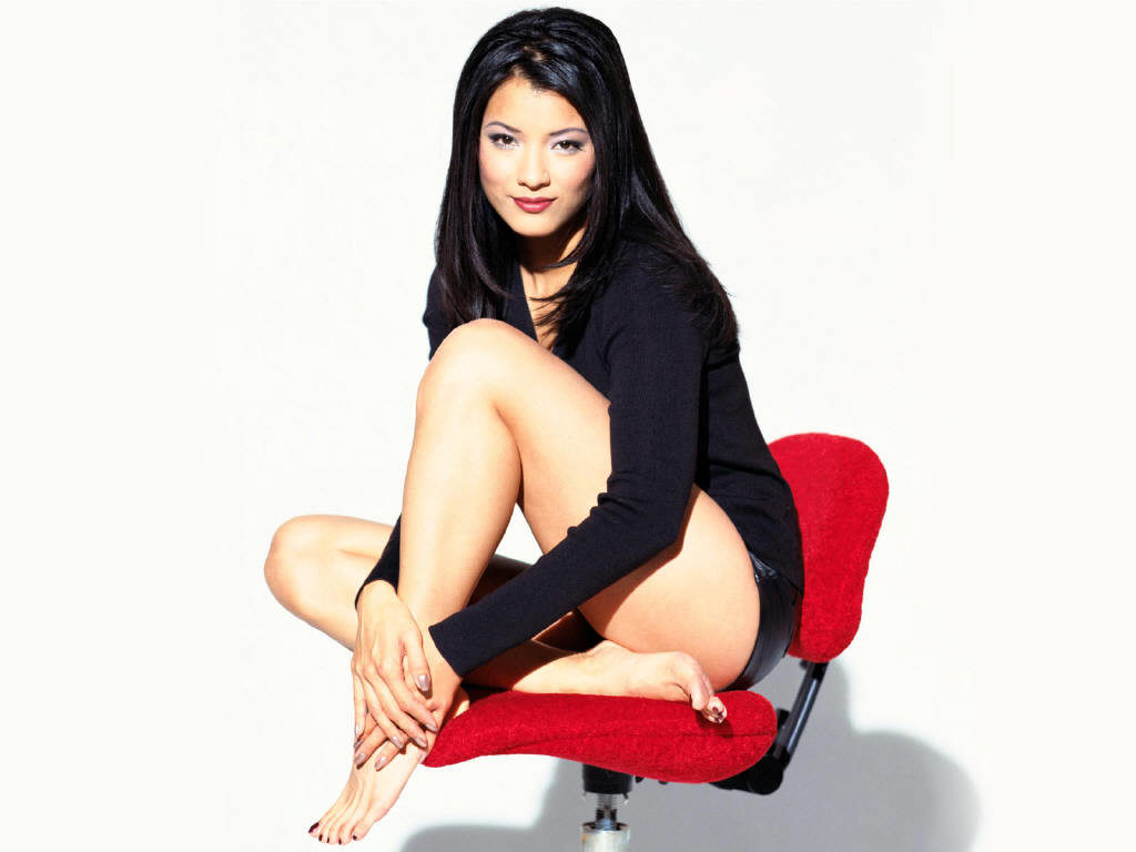 Kelly-Hu-Bikini-Wallpapers