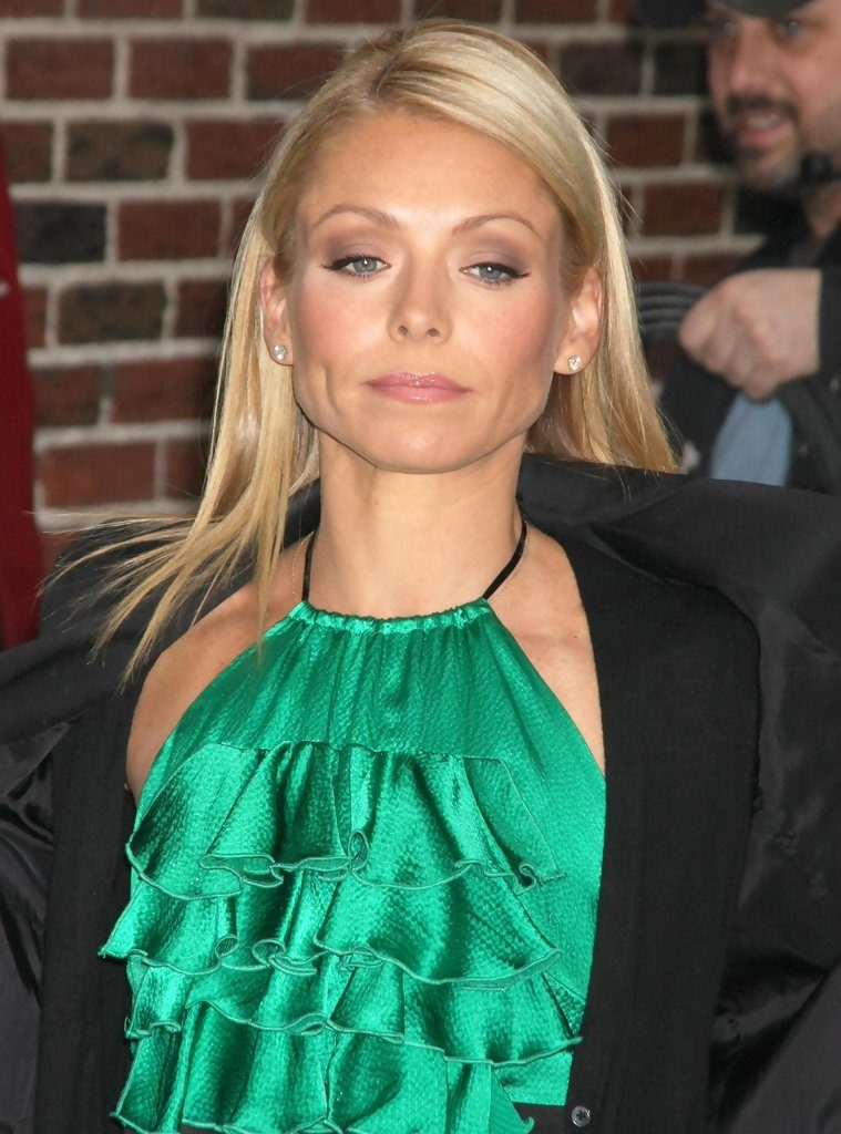 Kelly-Ripa-Pictures