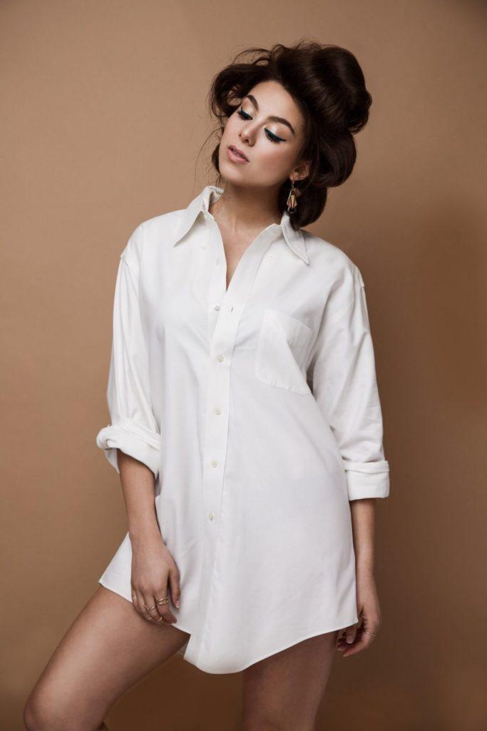 Kira-Kosarin-In-Undergarments-Pics
