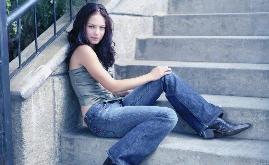 Kristin-Kreuk-Jeans-Pictures