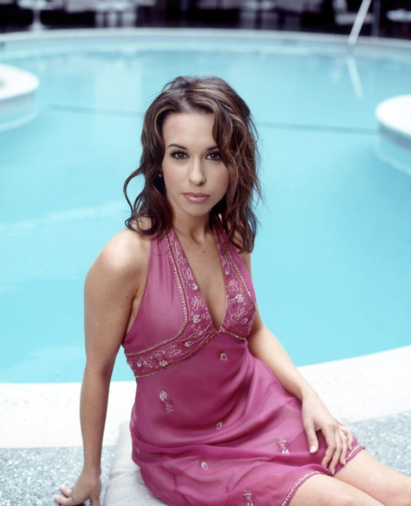 Lacey-Chabert-In-Undergarments-Images