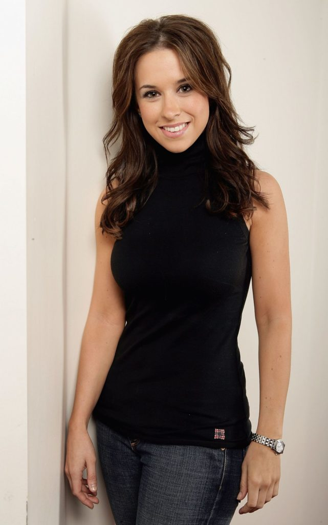 Lacey-Chabert-Jeans-Wallpapers