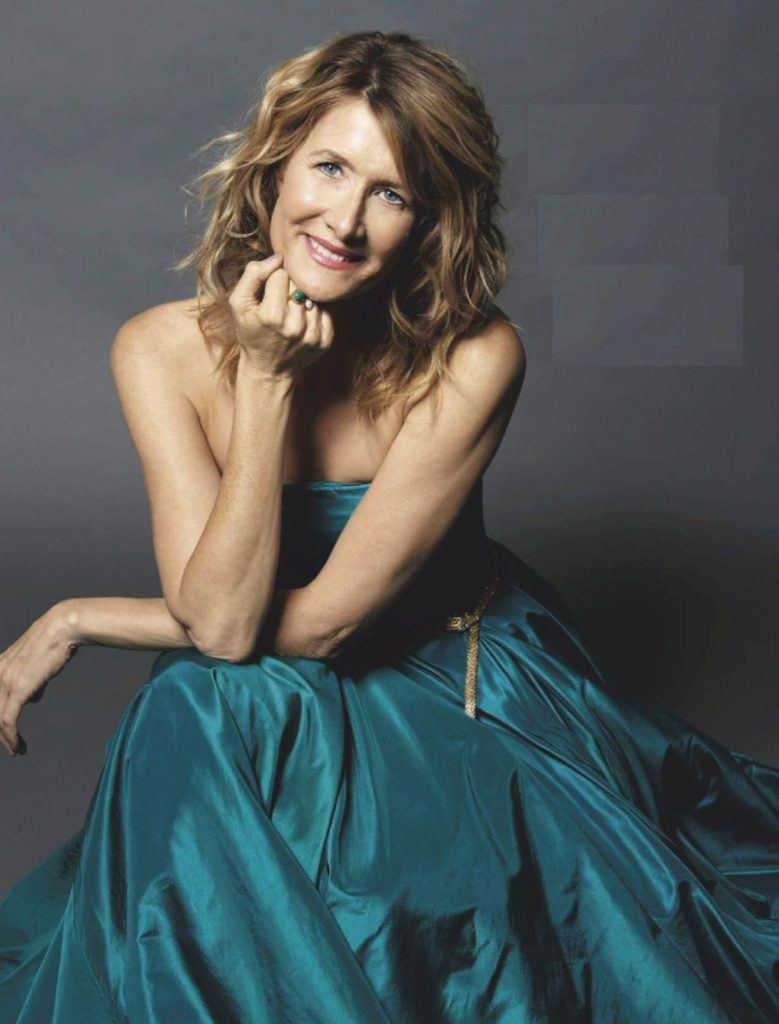 Laura-Dern-Cute-Smile-Pics
