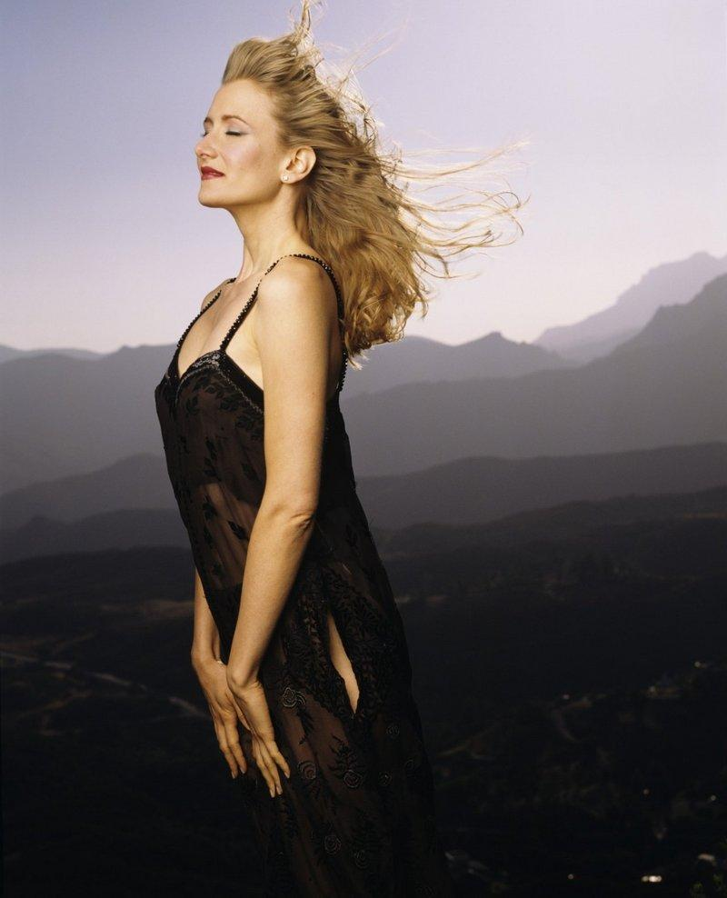 Laura-Dern-Leaked-Sexy-Pics