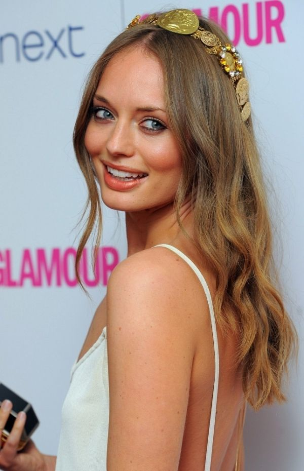 Laura-Haddock-Sexy-Pose-Pictures