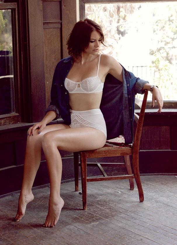 Lauren-Cohan-Bra-Panty-Pics