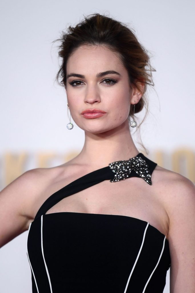 Lily-James-Makeup-Wallpapers