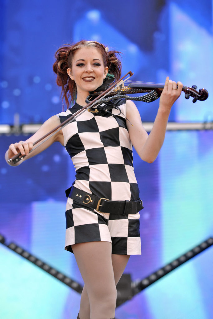 Lindsey-Stirling-Thighs-Pics