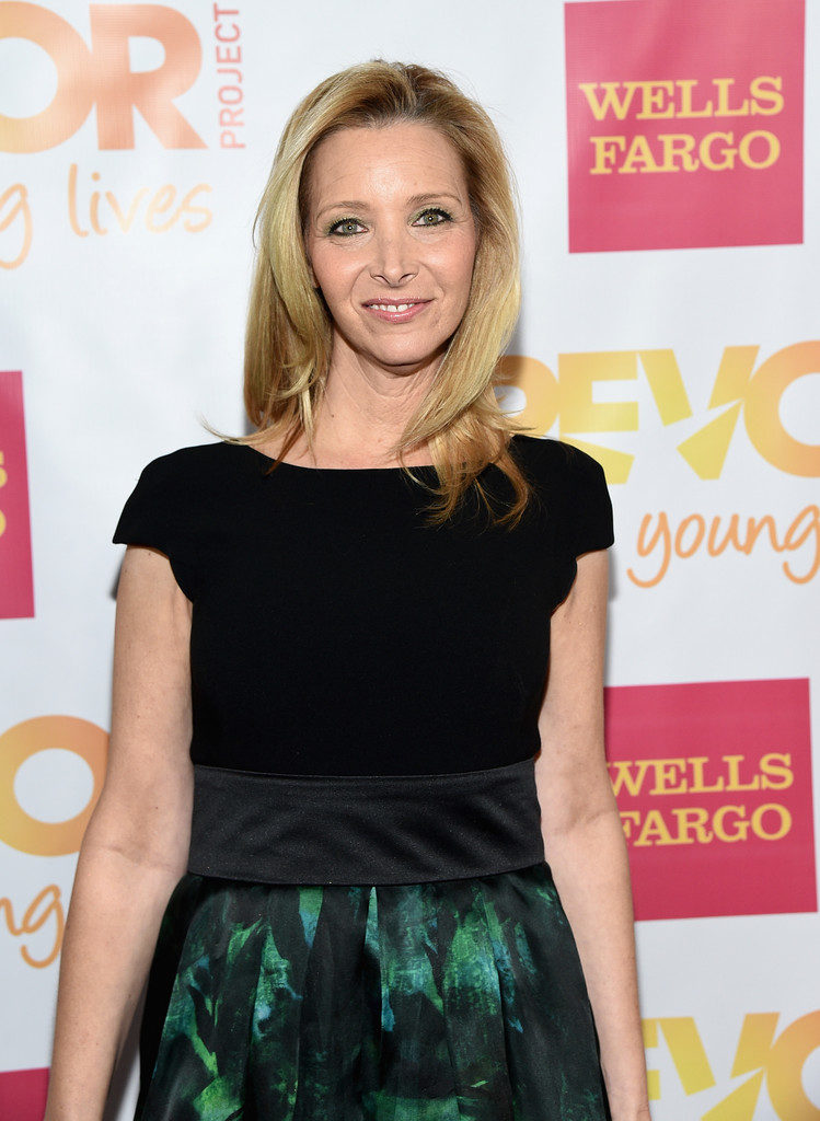 Lisa-Kudrow-Muscles-Images