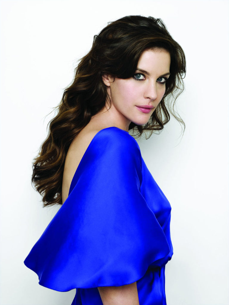 Liv-Tyler-Backless-Wallpapers