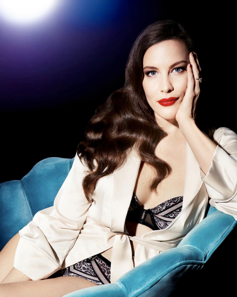 Liv-Tyler-Undergarments-PHotos