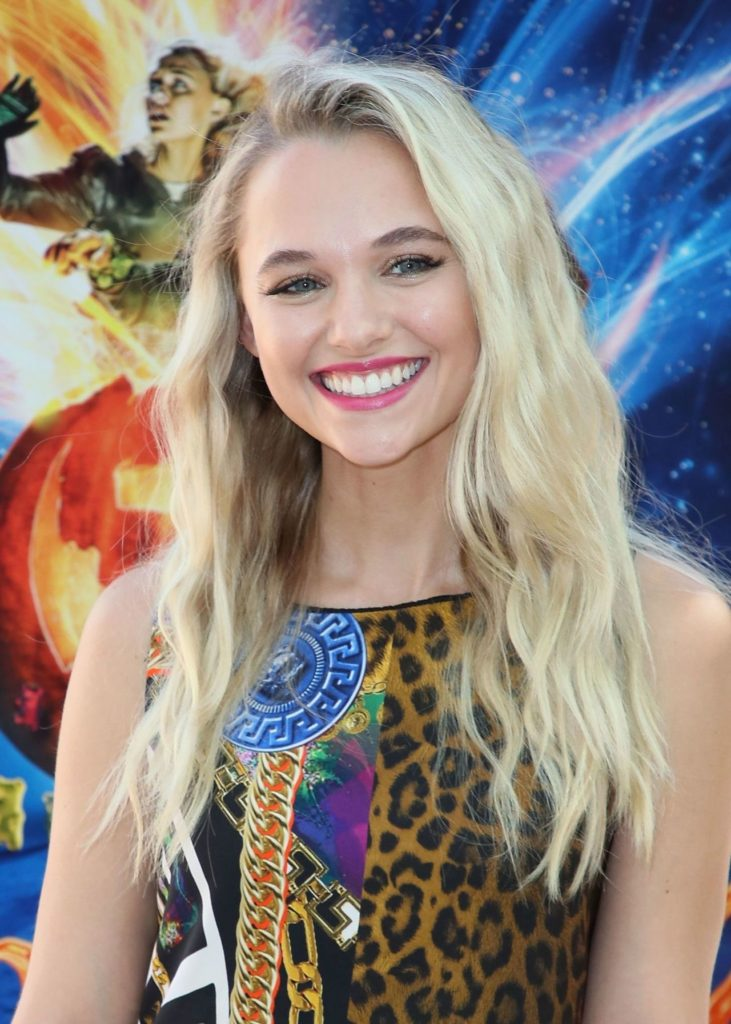Madison Iseman Cute Smile Images