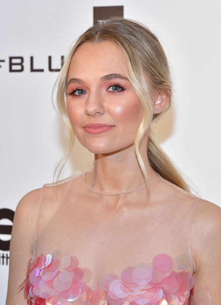 Madison Iseman Makeup Wallpapers