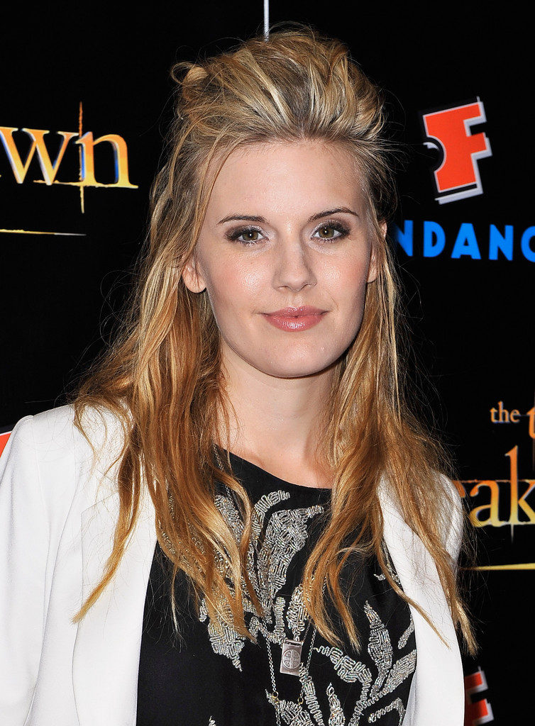 Maggie Grace Cute Photos