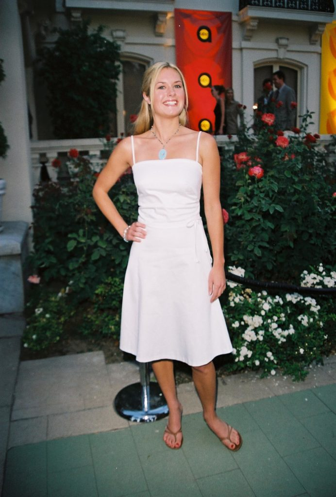 Maggie Lawson In Shorts Pictures