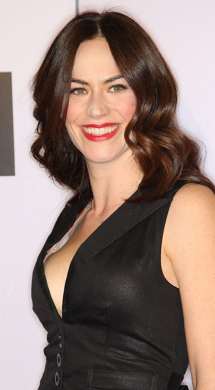 Maggie Siff Braless Images