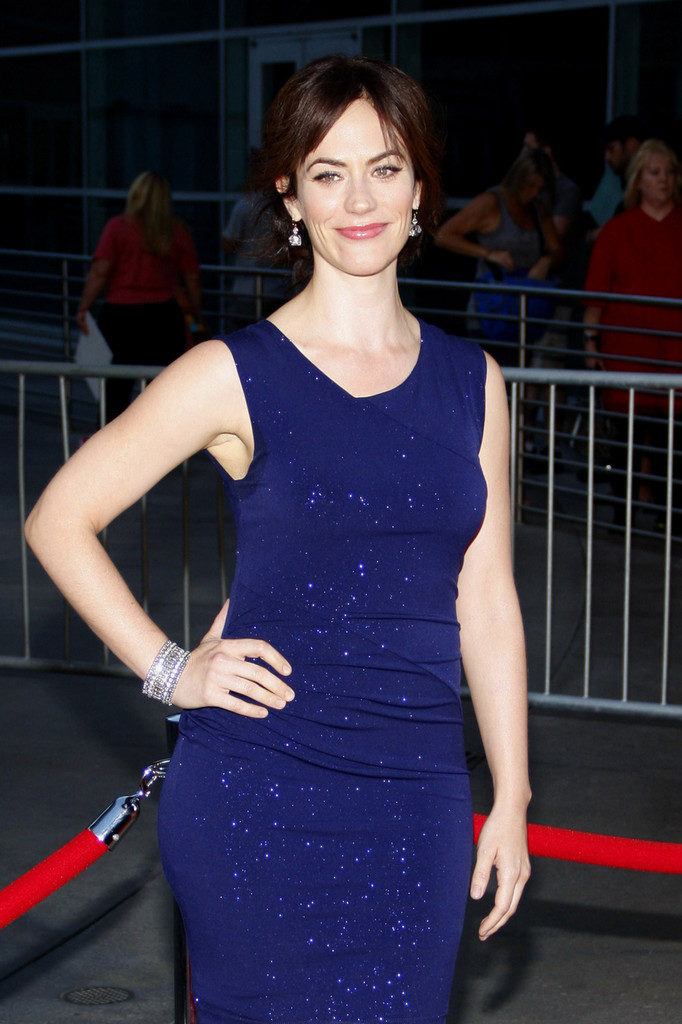 Maggie Siff Hot Images