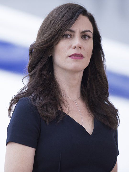 Maggie Siff Hot Photoshoot