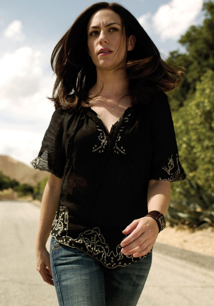 Maggie Siff In Jeans Wallpapers