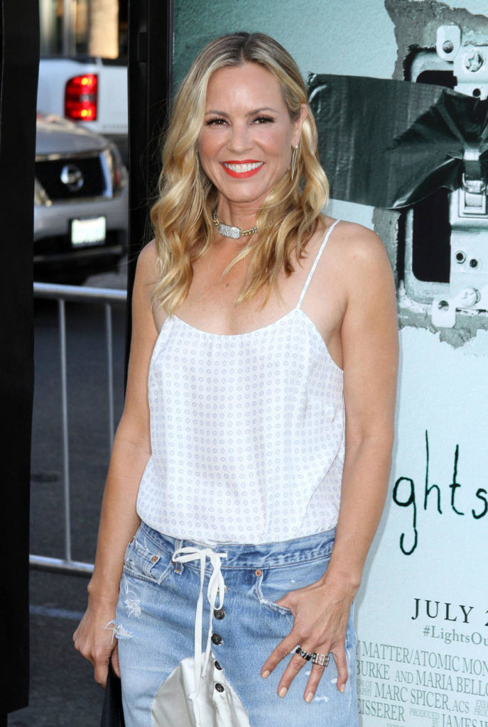 Maria Bello Jeans Pictures