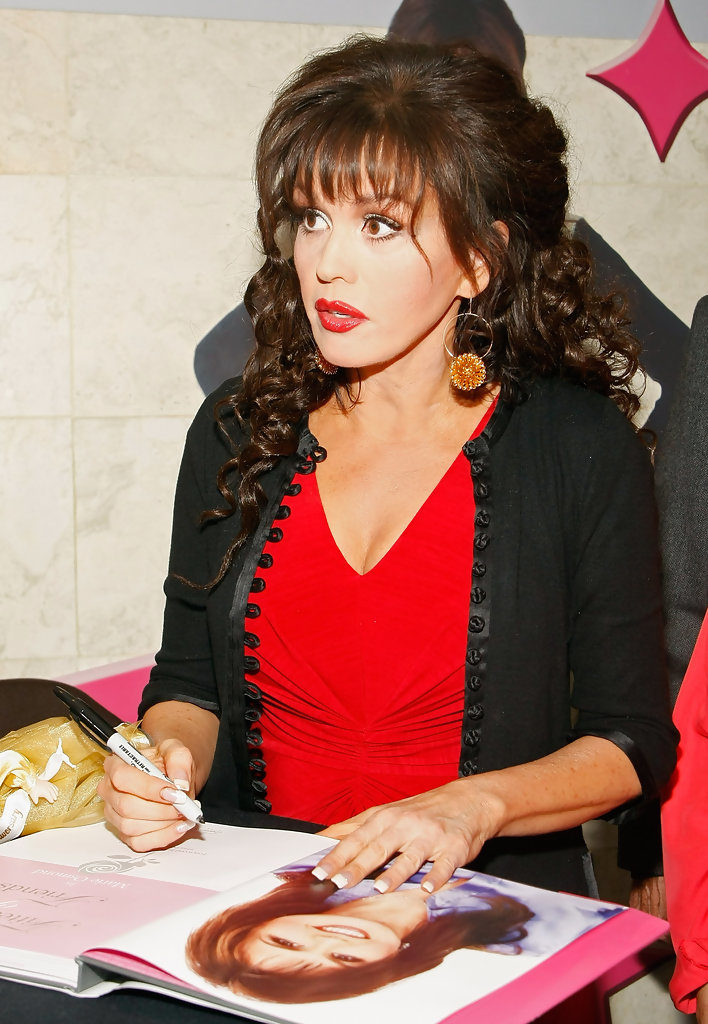 Marie Osmond Eating Wallpapers