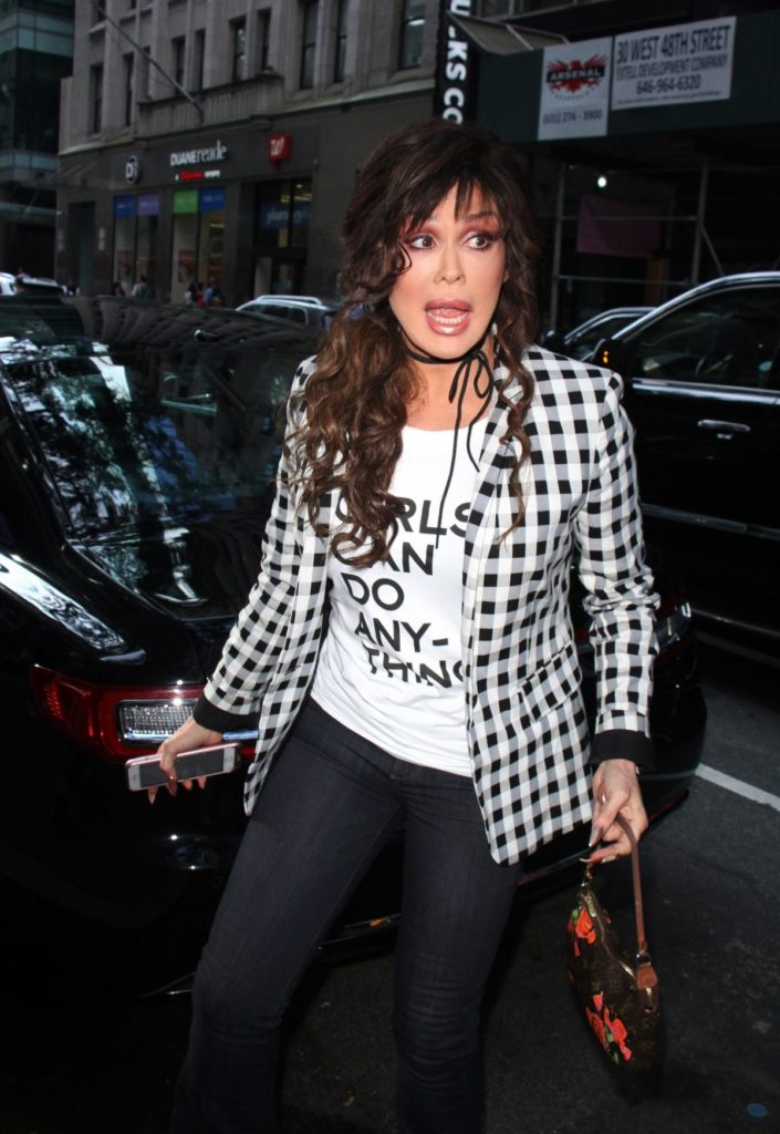 Marie Osmond Hot Pics In Jeans